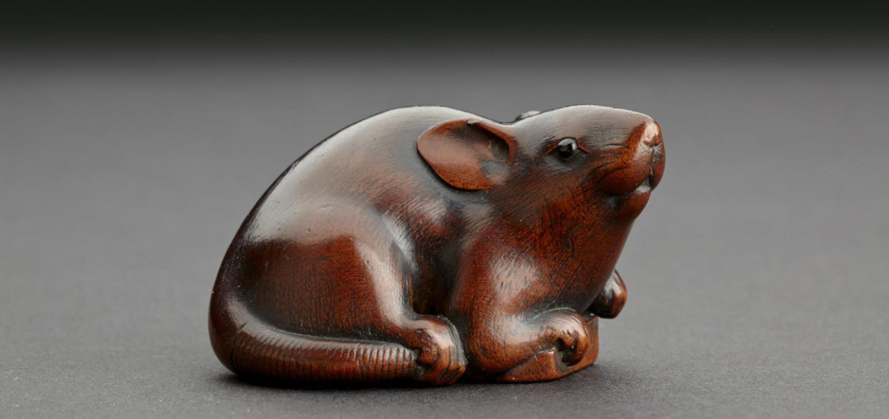 Wood Netsuke in the form of a mouse from the Ashmolean collections