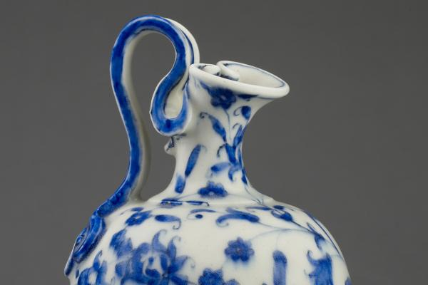 Flask of imitation porcelain (detail), Italy c.1575-1587