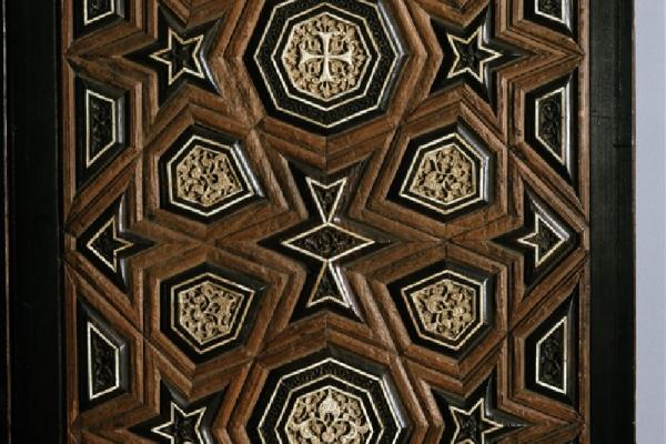 ea 1984 16 a l maluk doors detail