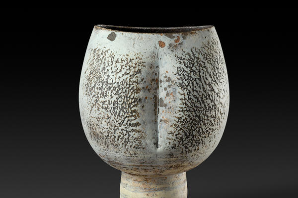 A ceramic vessel by Hans Coper © Jane Coper and Estate of the Artist