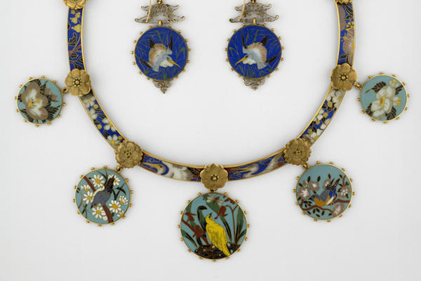 Alexis Falize, Enamel and Gold Necklace and Earrings (WA1964.29.1-2)