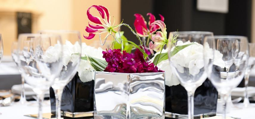 Ashmolean Venue Hire – Corporate Fine Dining in the Atrium
