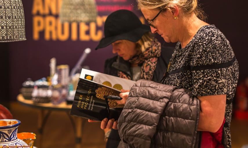 Ashmolean Exhibition Gallery Shop