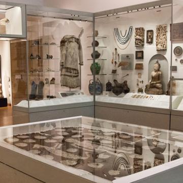 The Ashmolean Museum Gallery 2 – The Ashmolean Story
